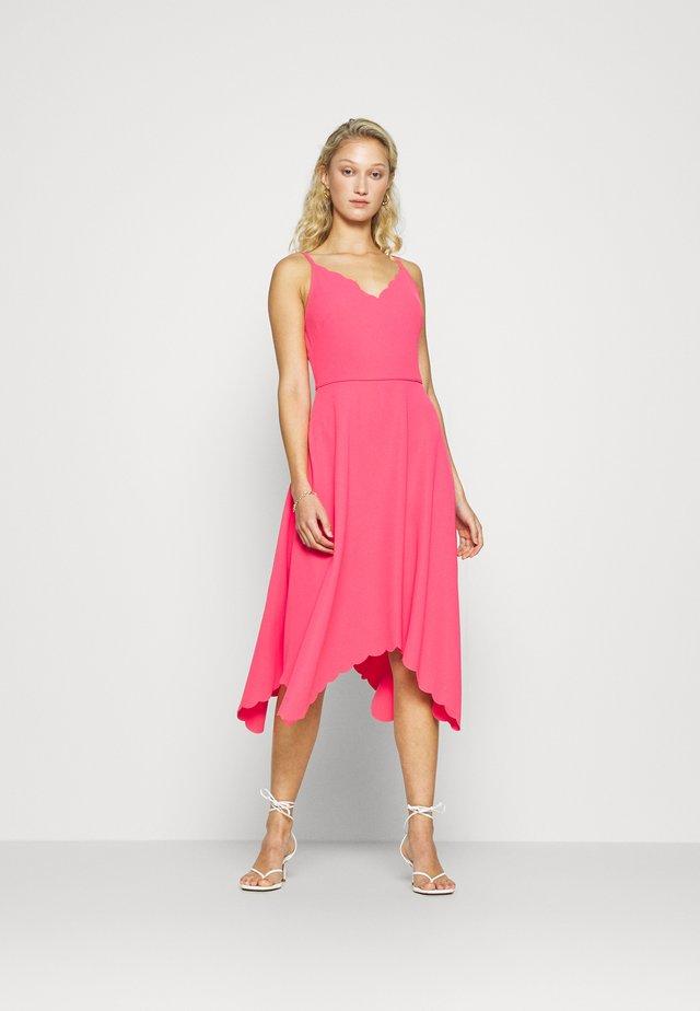 SIMBAH - Freizeitkleid - pink