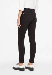 comma casual identity - HOSE LANG - Slim fit jeans - anthracite - 2