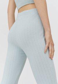 PULL&BEAR - Trousers - mottled blue - 3