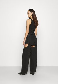 Weekday - MARIAH  - Jeans straight leg - washed black - 2