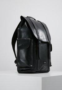 Spiral Bags - TRANSPORTER - Plecak - perforated black - 3