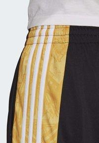 adidas Originals - BX-20 GRAPHIC TRACKSUIT BOTTOMS - Tracksuit bottoms - black - 5