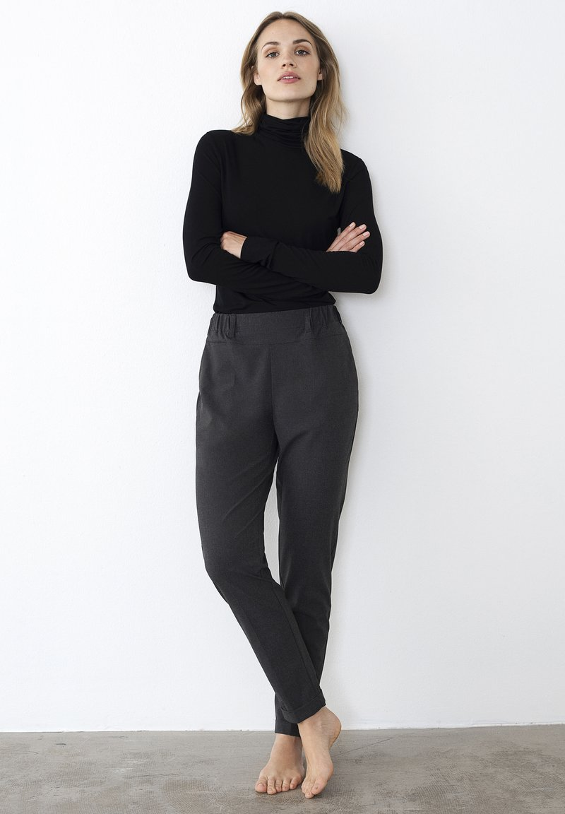 Kaffe - NANCI JILLIAN - Trousers - dark grey melange