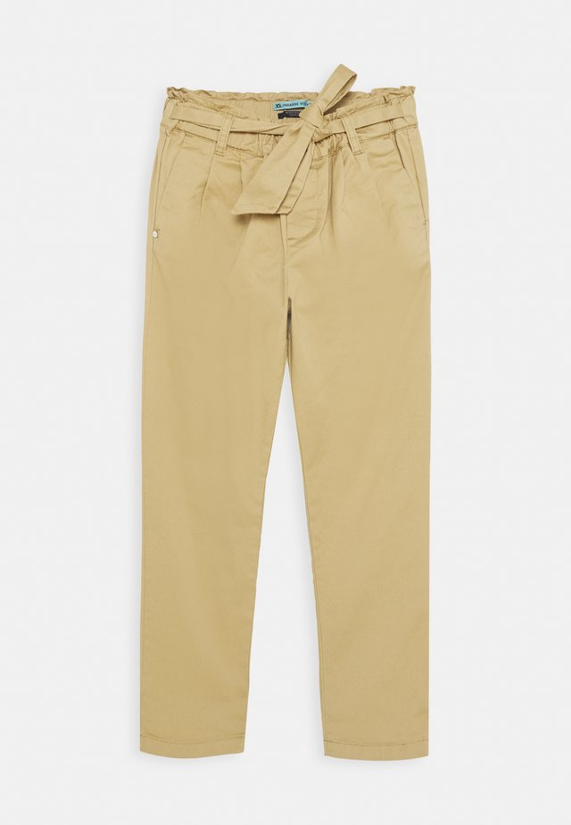 RELAXED PAPER BAG WAISTED PANTS WITH BOW DETAIL - Trousers - sand