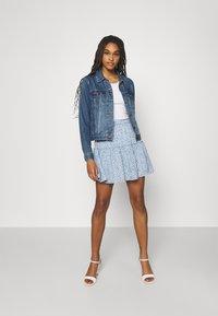 NA-KD - PAMELA REIF X ZALANDO RECYCLED FRILL MINI SKIRT - Mini skirt - painted blue - 1