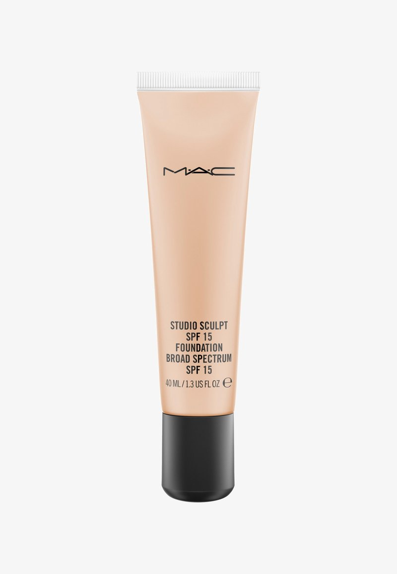 MAC - STUDIO SCULPT SPF15 FOUNDATION - Foundation - NC37