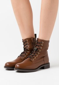 Anna Field - LEATHER CONAN - Lace-up ankle boots - cognac - 0