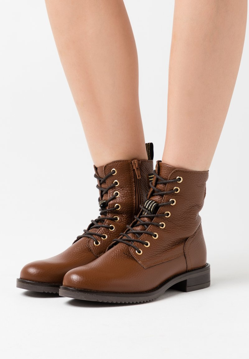 Anna Field - LEATHER CONAN - Lace-up ankle boots - cognac