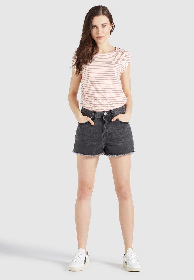 MATILDE - Shorts di jeans - schwarz gewaschen