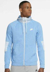 coast/light armoury blue/ice silver/white