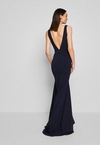 Missguided - BRIDESMAID SLEEVELESS LOW BACK DRESS - Společenské šaty - navy - 2