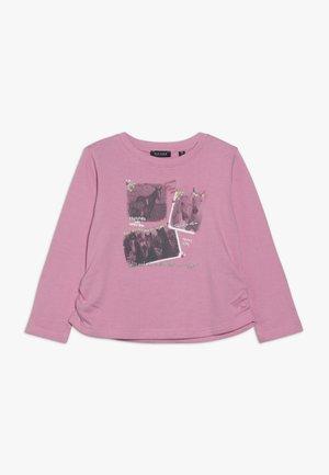 Sweater - azalee
