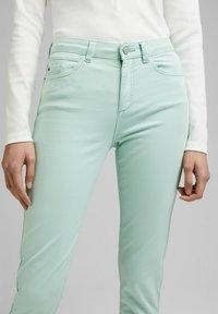 Esprit - MR CAPRI - Trousers - light aqua green - 3