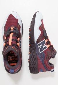 New Balance - FRESH FOAM CRAG - Zapatillas de trail running - red - 1