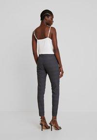 Freequent - Pantalon classique - check as sample - 2