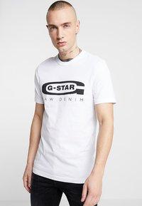 G-Star - GRAPHIC LOGO SLIM - T-shirt con stampa - white - 0