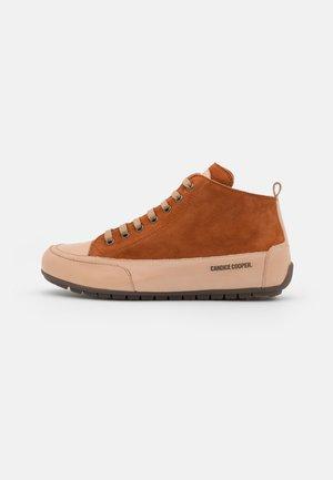 MID - Sneakers hoog - tamponato/tortora/faggio