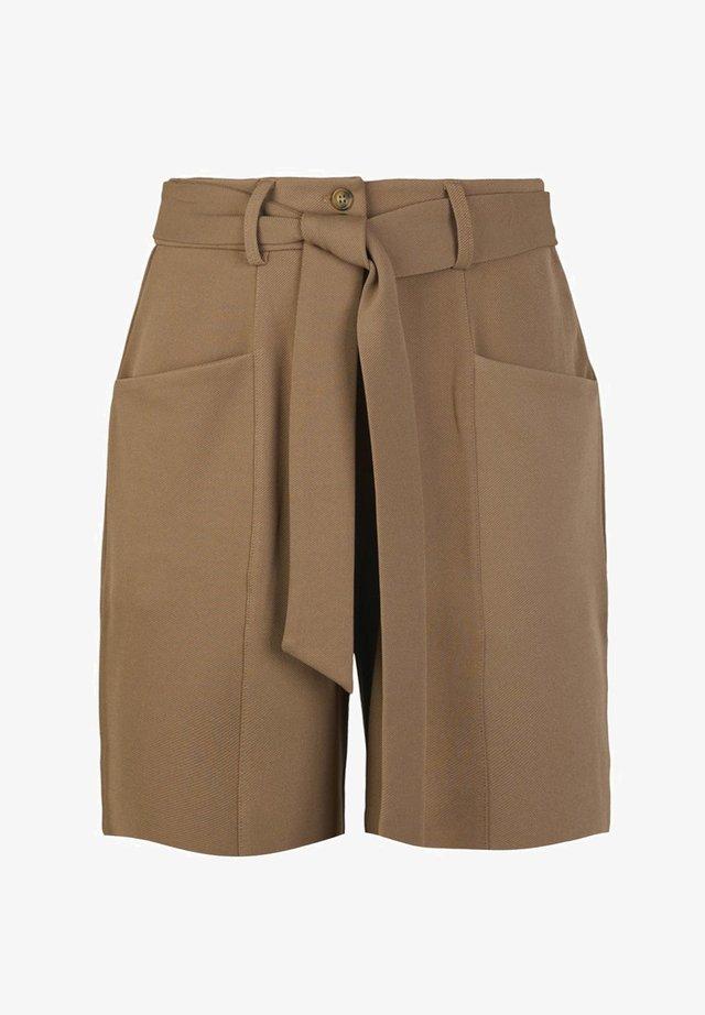 YASELVA - Shorts - nougat