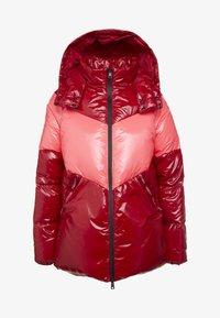 TWINSET - CAPPUCCIO VERA - Kabát zprachového peří - rosso veneziano/pink vegas - 4