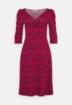 FLORAL RUCHED FRONT THREE QUARTER SLEEVE DRESS - Jersey dress - pink