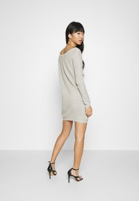 Missguided - AYVAN OFF SHOULDER JUMPER DRESS - Jumper dress - light grey - 2