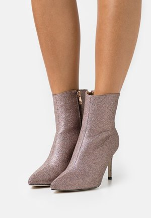 LOPEZ - Classic ankle boots - rose gold shimmer