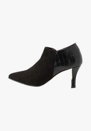WIDE FIT ROBOTIC - Ankle boots - black