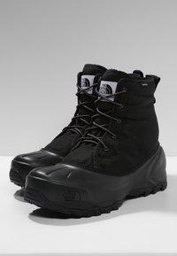 The North Face - M TSUMORU BOOT - Snowboots  - black/dark - 2