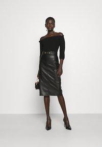 Elisabetta Franchi - Pencil skirt - nero - 1