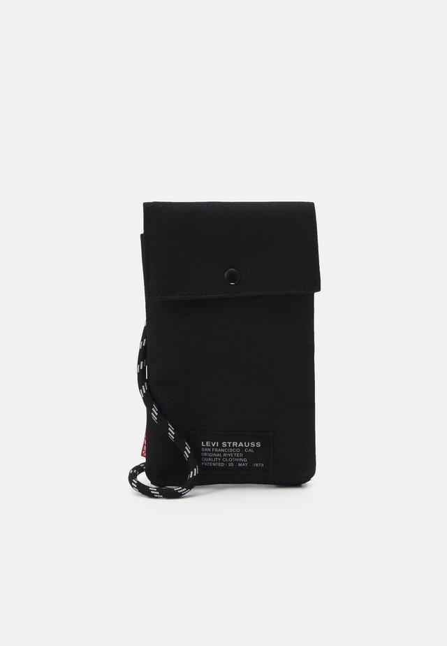 LANYARD BAG UNISEX - Across body bag - regular black