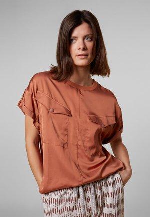 SHINY - Bluzka - copper brown