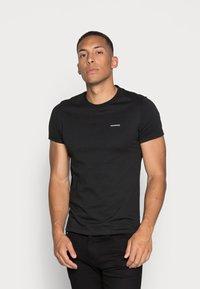 Calvin Klein Jeans - SLIM 2 PACK - T-shirt - bas - bright white/black beauty - 1