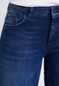 ONLY - ONLFCARMEN - Jeans Skinny Fit - dark blue denim - 3