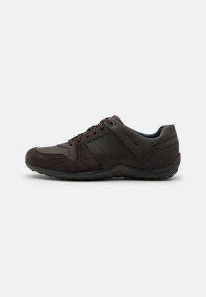 JULE - Trainers - brown