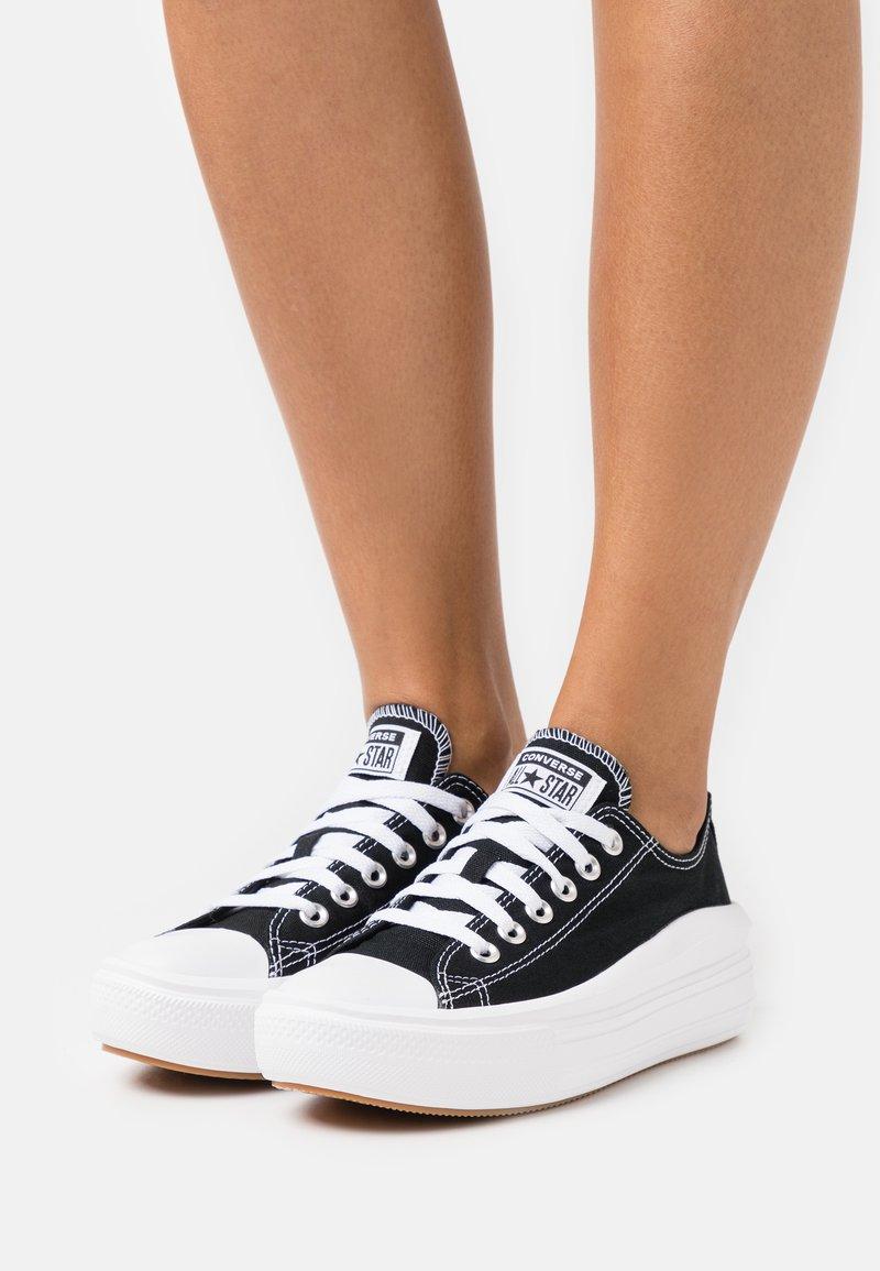 Converse - CHUCK TAYLOR MOVE PLATFORM - Trainers - black/white