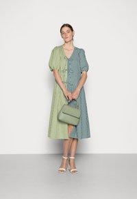 Résumé - FRANKIE DRESS - Day dress - green - 1