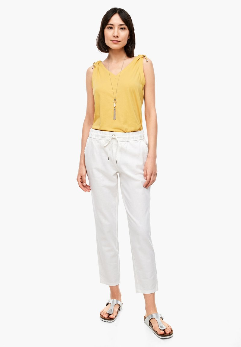 s.Oliver - Trousers - offwhite