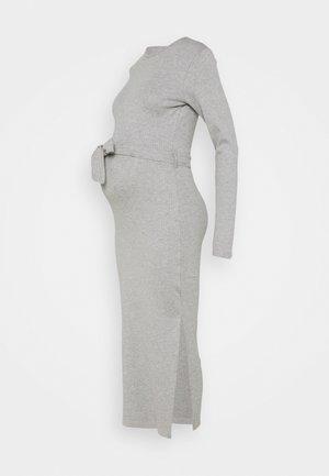 MATERNITY BELTED SPLIT SIDE MIDI DRSS - Žerzejové šaty - grey marl