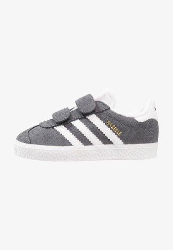 GAZELLE - Sneakers -  dgh solid grey/footwear white