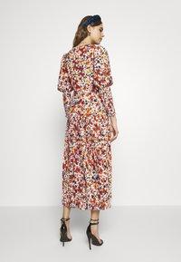 Never Fully Dressed - BLOSSOM DAKOTA DRESS - Kjole - orange - 2