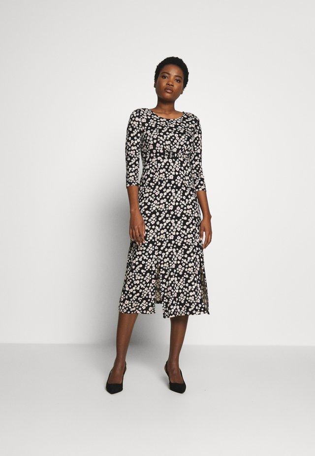 DAIST PRINT EMPIRE FIT FLARE - Žerzejové šaty - black