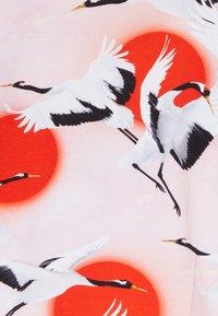 Molo - RIMONA - T-shirt print - sunrise cranes - 2