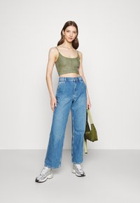 BDG Urban Outfitters - JUNO - Jeans relaxed fit - mid vintage - 1