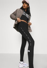 The North Face - TIGHT - Leggings - black - 3