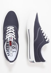 Tommy Jeans - CLASSIC - Trainers - blue - 1