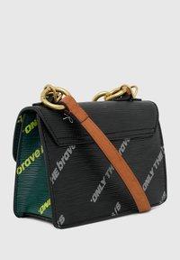 Diesel - ORMELLE MC - Across body bag - black/green - 4