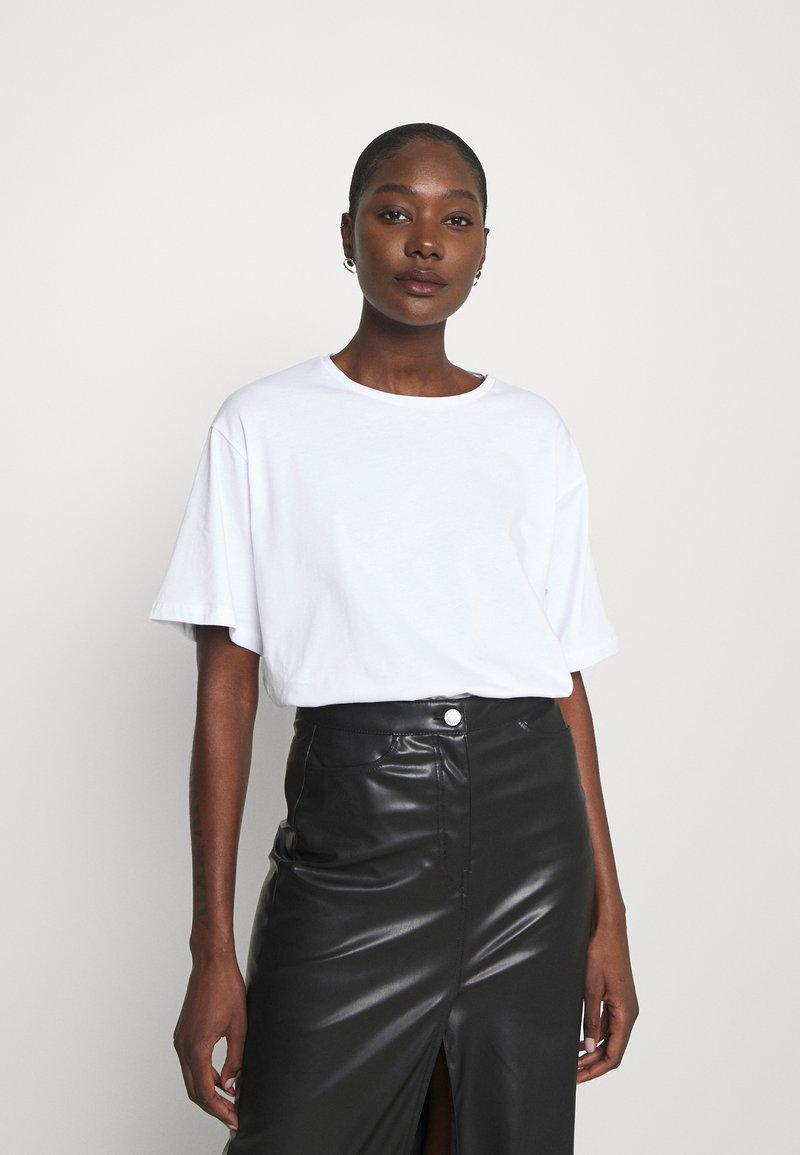 Trendyol - Basic T-shirt - white