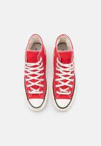 Converse - CHUCK 70 UNISEX - Sneakers hoog - university red/egret/black - 3