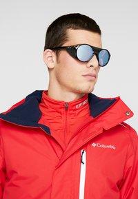 Oakley - CLIFDEN - Sunglasses - snow sapphire - 1