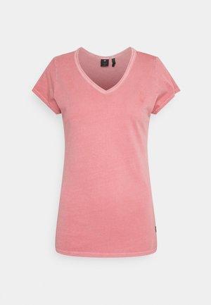 EYBEN - Basic T-shirt - dusty rose